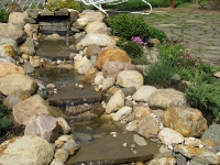 Комплекс ручей - садовый водоём
